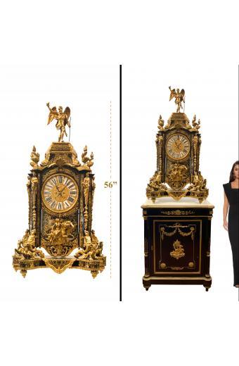 A French Ormolu-Mounted Cut-Brass-Inlaid Tortoiseshell 'Boulle' Mantel Clock